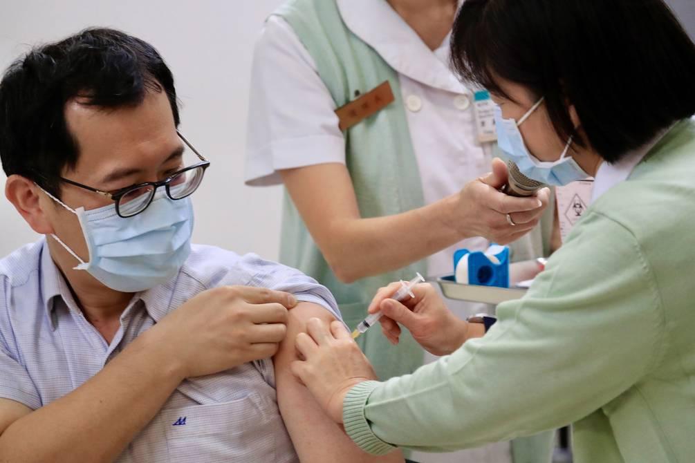 ¿Si alguien tuvo COVID-19 cuándo debe vacunarse?