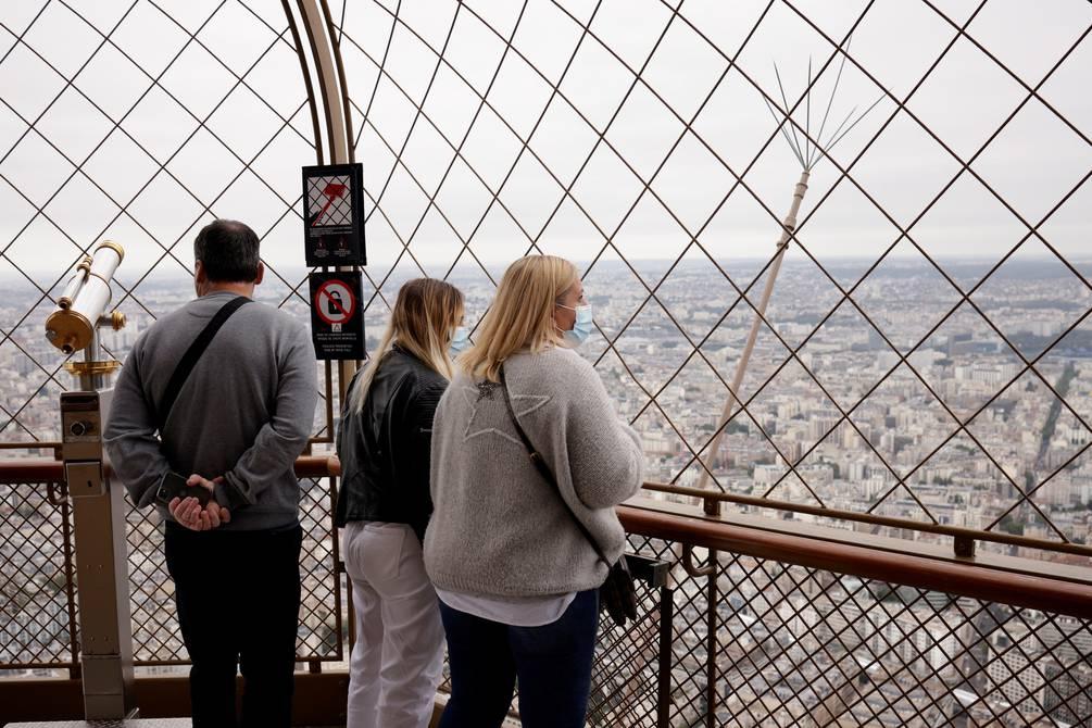 La Torre Eiffel reabre después de más de ocho meses sin turistas por la pandemia | Internacional | Noticias