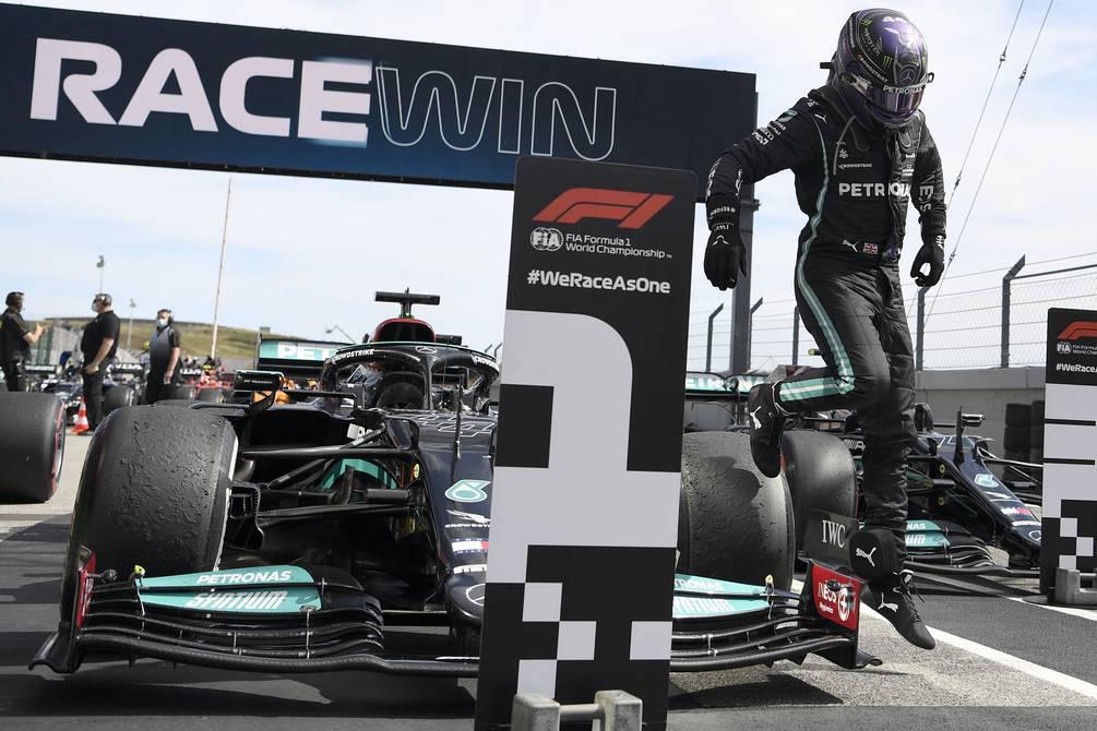 Lewis Hamilton gana en Portugal y suma su segundo triunfo en la temporada    Otros Deportes   Deportes   El Universo